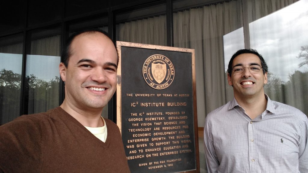 Norberto Amaral and Silvio Macedo at the IC2 building of the University of Texas.